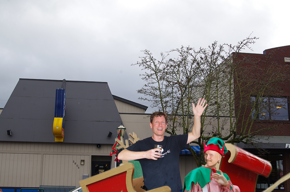 South-Sound-Christmas-Beer-Parade-Tacoma-Brewing-Company