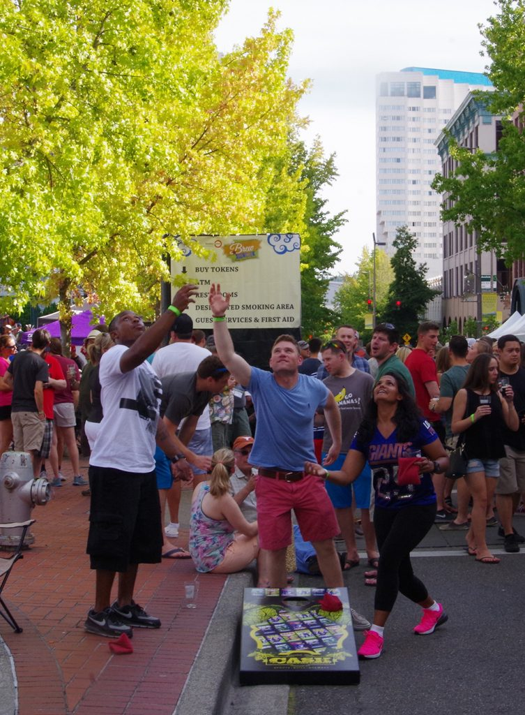 Brew-Five-Three-Tacoma-2016-beanbag-toss